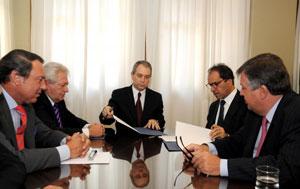 Acuerdo entre Nación y Provincia para trasladar causas por narcotráfico a la Policía Federal