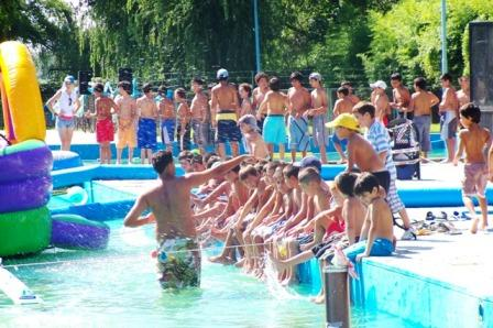 La Colonia Municipal de San Fernando celebró el éxito de la temporada 2010