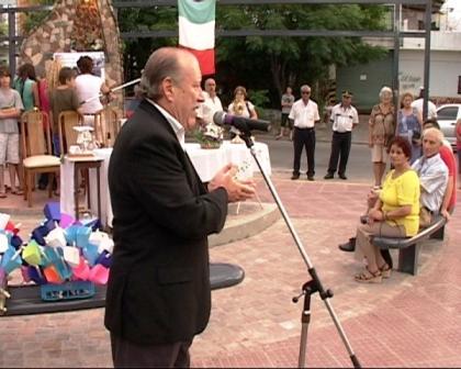 Amieiro inauguró junto a los vecinos la plazoleta Virgen de Lourdes