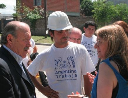El Intendente de San Fernando, Osvaldo Amieiro, y la Ministra de Desarrollo Social de la Nación, Alicia Kirchner, visitaron distintos programas sociales del Distrito.