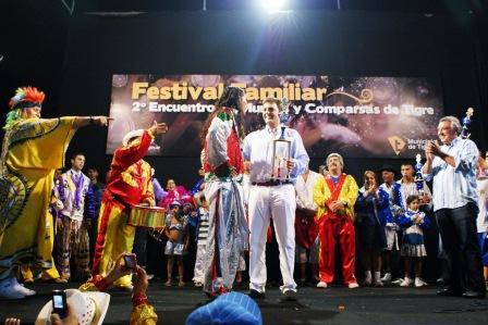 Gran cierre del Festival de Murgas y Comparsas de Tigre