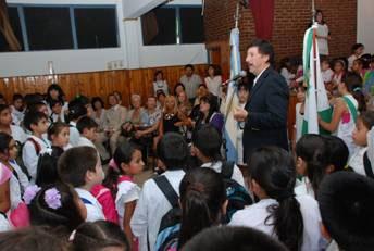 El intendente Posse participó del inicio de clases en varias escuelas