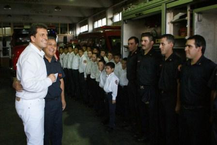 Los bomberos de Pacheco recibieron ayuda económica para una nueva autobomba