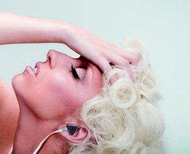 Lady Gaga con mil millones de reproducciones de sus videos en Internet