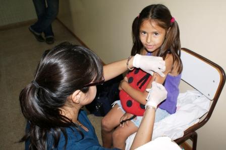 Ya se comenzó a vacunar por Gripe A en Tigre
