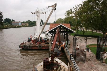 Dragados y limpieza de ríos y construcciones de puentes en distintos sectores del Delta