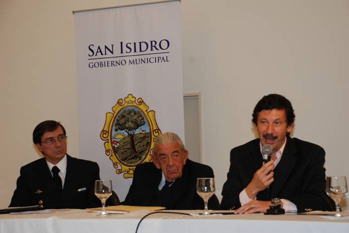 San Isidro ya cuenta con su nuevo canal costanero