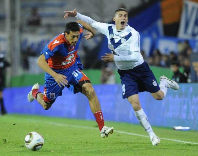 Vélez le ganó sobre la hora a Tigre