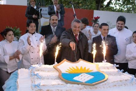 La Escuela de Enseñanza Media Nº 10 de Tigre festejó su 25 aniversario