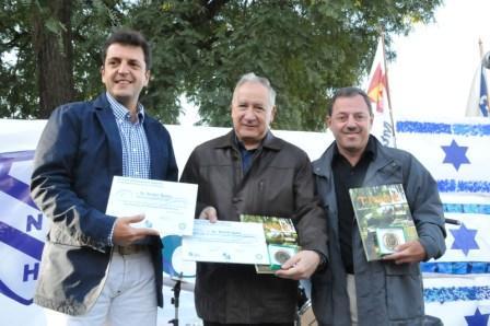 El intendente de Tigre, Sergio Massa, junto al embajador de Israel en la República Argentina, Daniel Gazit y el presidente del Club Náutico Hacoaj, Ricardo Furman