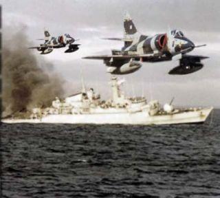 Conmemoran el bautismo de fuego de la Fuerza Aérea durante la guerra de Malvinas