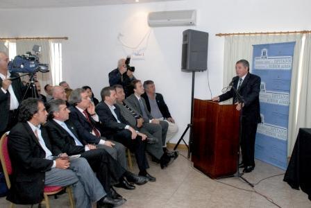 Horacio González encabezó el primer encuentro descentralizado del Observatorio Social Legislativo