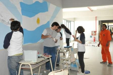 MTV realizó tareas solidarias en el barrio Delfino de Tigre