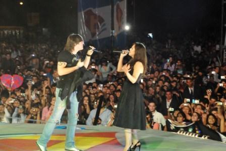 Miguel Mateos participó de la gran fiesta del bicentenario en Tigre
