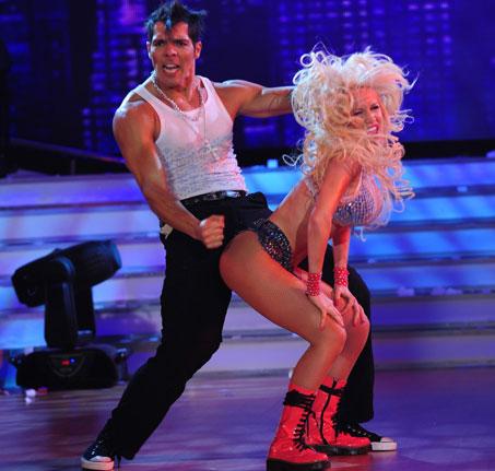 Bailando Por Un Sue 241 O 2010 Arranc 243 En Showmatch Www