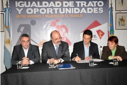 Se firmó en Tigre el Convenio por la Igualdad de Género en el Trabajo