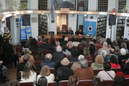 Presentación del periodista y escritor Orlando Barone