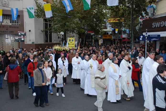Procesión y misa en honor de San Isidro Labrador