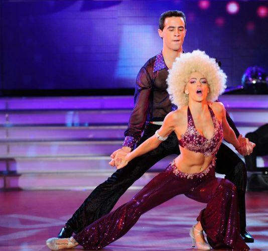 Emilia Attías fue la encargada de abrir la noche del jueves del reality de baile de ShowMatch