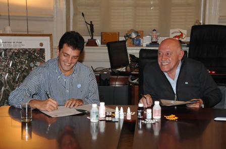 El intendente de Tigre, Sergio Massa, y el intendente de Hurlingham, Luis Acuña