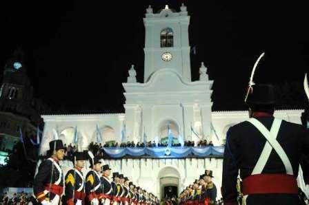 Emotivo cambio de guardia de Los Patricios en el Cabildo