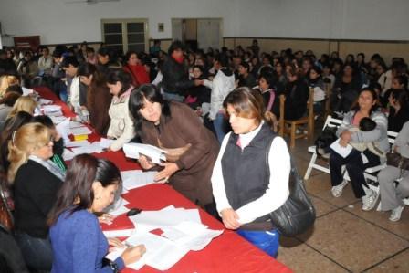 Nueva entrega de Tarjetas del Plan Más Vida en Tigre