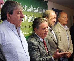 Eduardo Duhalde  junto a La Mesa de Enlace reclamó políticas de Estado serias y razonables