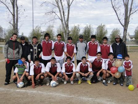San Isidro Juniors se consagró campeón del Torneo Municipal de Fútbol Juvenil de San Isidro.