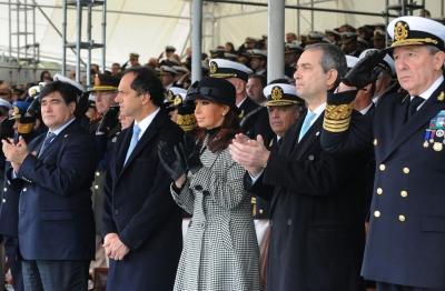 Cristina Fernández encabezó el acto por el Bicentenario de la Prefectura Naval Argentina
