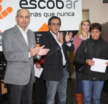 El Intendente Municipal de Escobar, Sandro Guzmán, entregó Pensiones Asistenciales por invalidez y para madres de 7 hijos