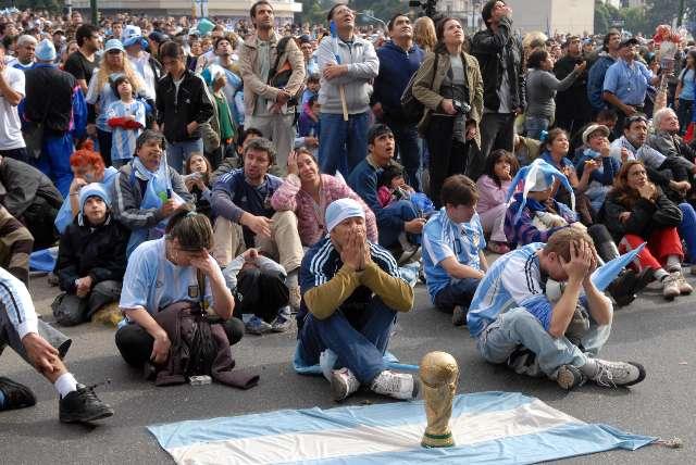 Tristeza, desazón y congoja tras la eliminación de Argentina