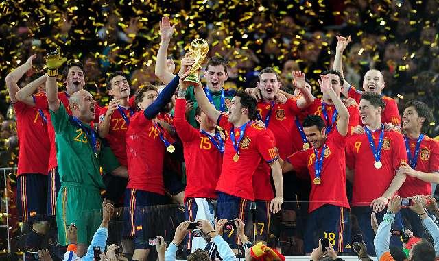 España logró el título mundial sobre la hora del suplementario con gol de Iniesta