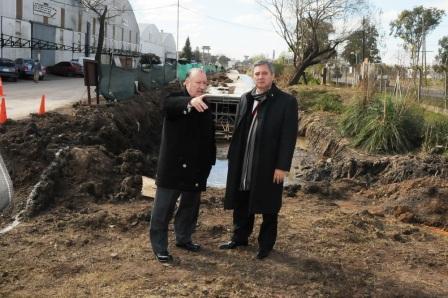 El Presidente de la Cámara de Diputados de la Provincia de Buenos Aires, Horacio González, recorrió, junto al intendente Amieiro, una serie de obras que se realizan en el municipio.