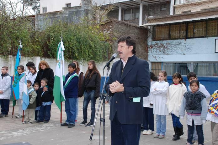 El intendente de San Isidro, Dr. Gustavo Posse, presidió el acto de homenaje al Libertador General José de San Martín, al cumplirse el 160º aniversario de su fallecimiento