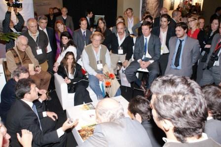 Sergio Massa junto a inversores en Real Estate