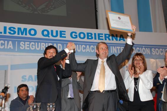 Con la presencia de Julio Cobos y Gustavo Posse, asumieron las nuevas autoridades de la UCR
