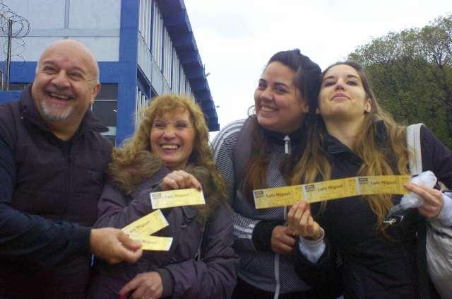 Fans agortaron 10 mil entradas para ver a Luis Miguel