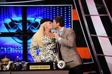 La noche que Marcelo Tinelli besó a Carmen Barbieri
