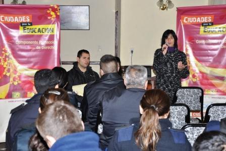 El Municipio de Tigre y Unicef capacitan a los policías