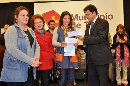 Tigre entregó equipamiento de cocina a escuelas públicas