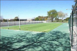 Ivoskus inauguró la nueva cancha de fútbol 5 del centro municipal de San Martín