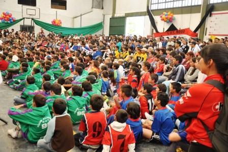Buscan fortalecer el crecimiento de los clubes de barrio de Tigre