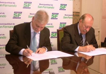 El Intendente de San Fernando, Osvaldo Amieiro, y el Presidente de la Fundación GasBAN, Horacio Cristiani, firmaron un convenio de cooperación mutua
