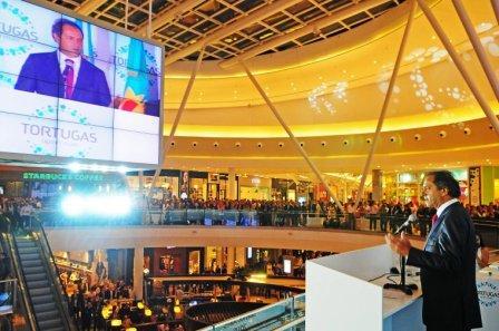 Scioli en la inauguración del Tortugas Open Mall en Malvinas Argentinas