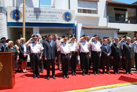 El intendente de San Isidro, Gustavo Posse, participó de los actos conmemorativos celebrados con motivo del Día de la Policía Federal