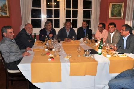 Massa junto al grupo de los 8 reunión en Tigre. Volvieron a proponer más seguridad