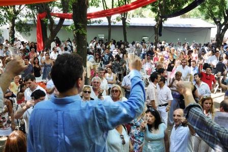 Los trabajadores municipales ya cuentan con un Bono de 600 pesos y el aguinaldo para las fiestas