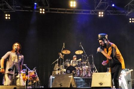 Mompalidece cerró el año a pura música en Tigre ()