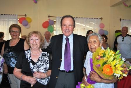 Festejó  los 100 años una vecina de Vicente López