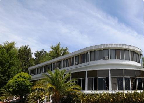 Un gran equipo de producción y de técnica está acondicionando desde hace algunas semanas las instalaciones del Hotel Marco Polo Inn